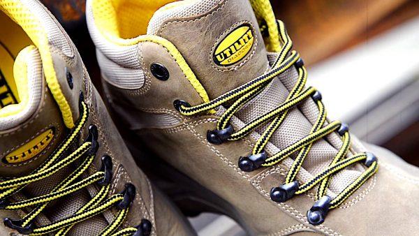 Vestuario, calzado y equipamiento laboral para empresas.